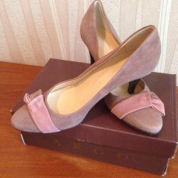 Νέα παπούτσια 39τ