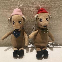 Yumuşak oyuncak Fareyi bir fareye bağla ve bağla.