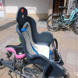Bicycle seat for a child from 3 to 6 years