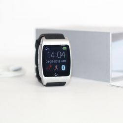 New Smart Watch iOS and Android Smart Watch.