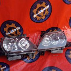 Headlights on Mazda MPV