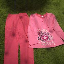 Homemade costume for a girl