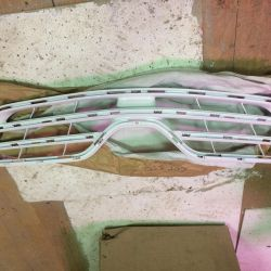 Решетка радиатора Тойота Королла 150 рестайлинг