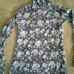 Turtleneck transparent with flowers