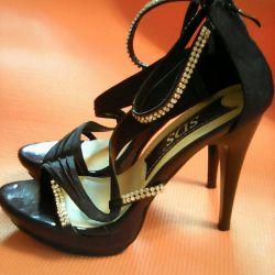 Sandals 36 r