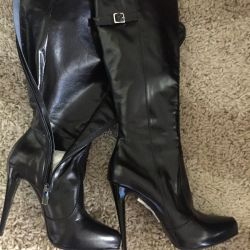 New boots, leather p37Italy.