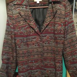 Women's jacket. 46-48 size.