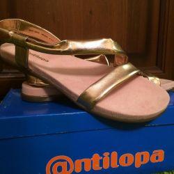 New Sandals 39
