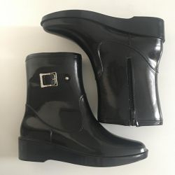 new rubber boots p38
