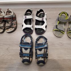 Sandals to the boy r 28-31