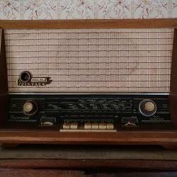 Receptor radio Dzintars Riga USSR închiriat