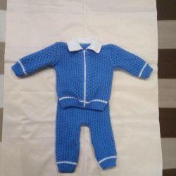 Costum tricotat pentru copii 62-68