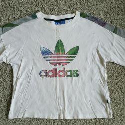 T-shirt Adidas original used a little