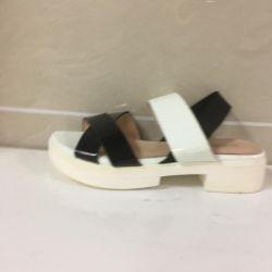 Women's sandals art 10