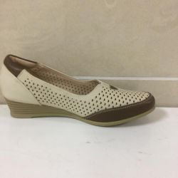 Women's shoes art 549