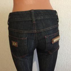 Jeans Dolce & Gabbana p. 28