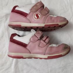 Sneakers orthopedic for girls