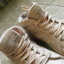 Çocuk Zara botları