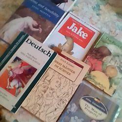 Literatură în limbi străine