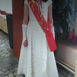 Rochie elegant crema de lumina