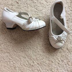 shoes p.21.