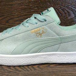 Puma Clyde Women's Sneakers