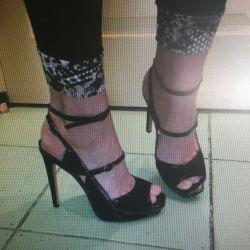 Muhteşem sandalet deri yeni.