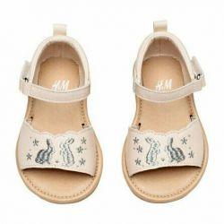 Sandaletler yeni h & m
