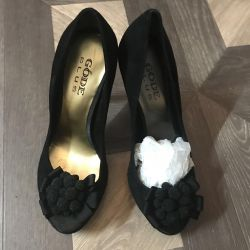Νέα παπούτσια p37, σουέτ Ιταλία.