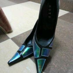 Новые кожаные туфли размер 38