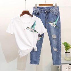 Jeans cu o pasăre