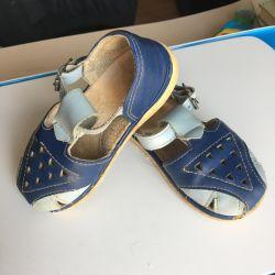Sandaletler 24 r.