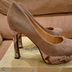 Women's shoes, 39