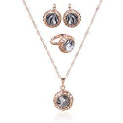 Set 3 subjects: earrings, pendant, ring