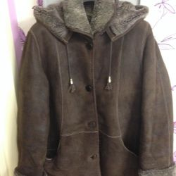 Natural sheepskin coat 52-54 r