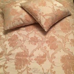 Bedspread.Blumarine