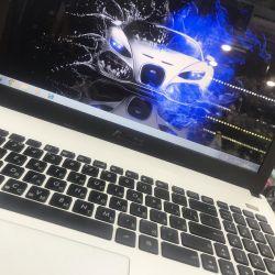 Asus dizüstü bilgisayar
