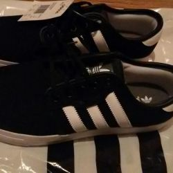 New fashionable shoes from adidas (original)