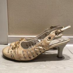Sandaletler.38
