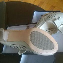 Pantofi noi (piele naturală)