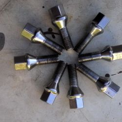 new bolts chrome logan