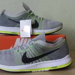 Кроссовки Nike Zoom Flyknit Streak Новые