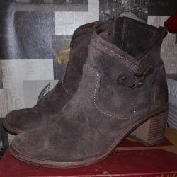 чобітки натуральні