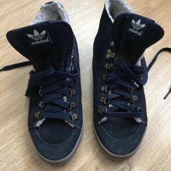 Adidas spor ayakkabı