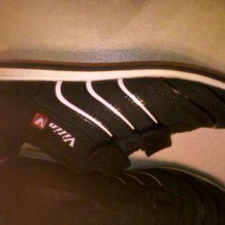 Spor ayakkabı 35