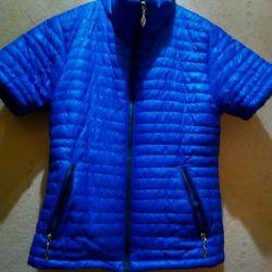 Куртка новая 44-46размер