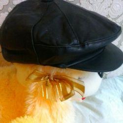 Кожаные кепки