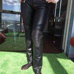 Motorhomes leather wives. Trussardi 44 rr