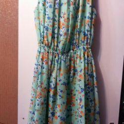 Φορέματα ελαφρού καλοκαιριού