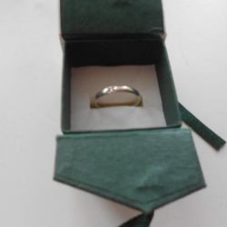 silver ring with diamond p 19.5